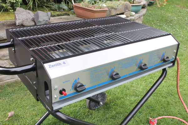 large catering bbq hotbox zenith 4